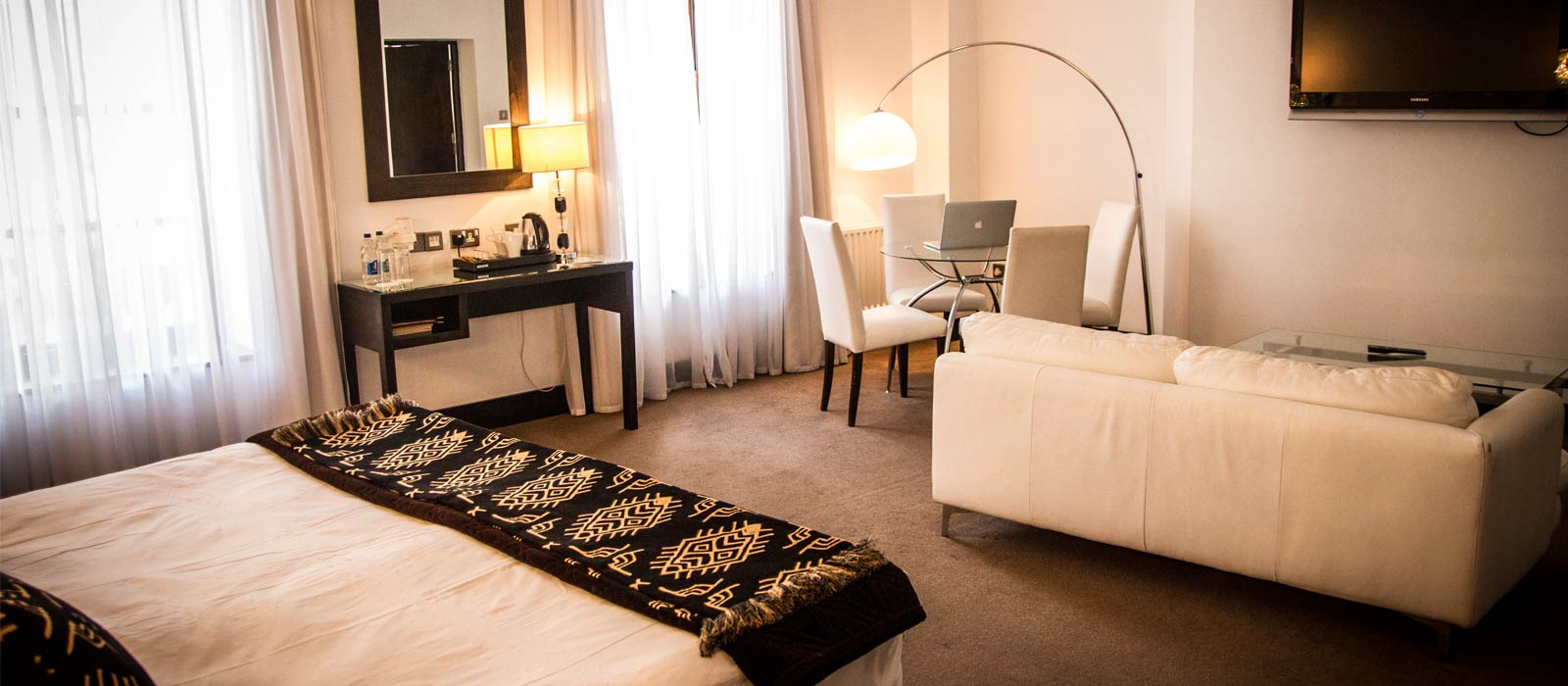 Zuni restaurant boutique hotel kilkenny city centre for Award winning boutique hotel